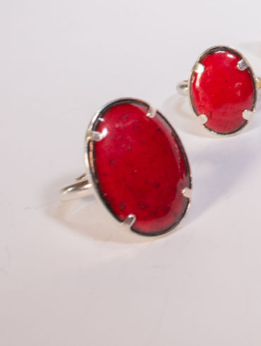 bague grand ovale rouge