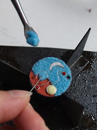 artisanat d'art émaillage sur métaux Moissac France Bijoux originaux et uniques. Travail sur mesure