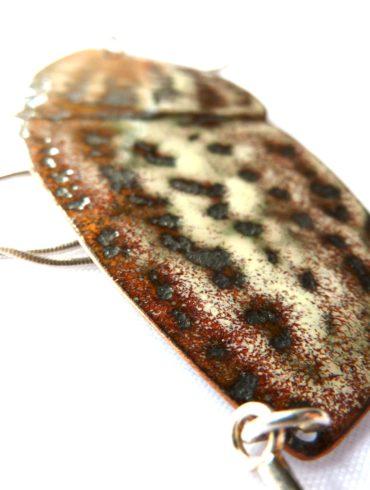 collier papillon de nuit