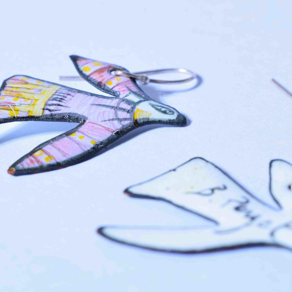 Boucles d'oreilles bijou unique. Pièce originale d' artisanat d'art émaux réalisés à Moissac. Travail de qualité Au fil d'émaux. Création Béatrice Perget