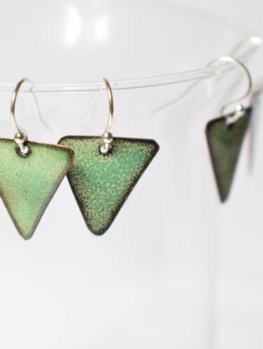 boucles d'oreilles -triangles-vert d'eau-Au fil d'émaux