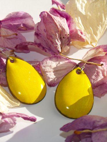 boucles jaunes forme goutte