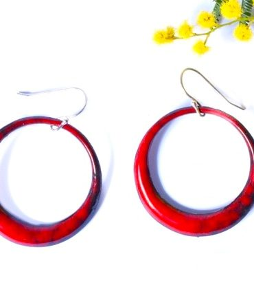 creoles-boucles-rouges-emaux-aufildemaux-beatriceperget-artisanat