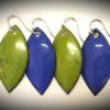 boucles feuilles émaux couleur vert et bleu