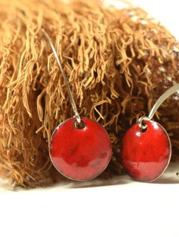 boucles petits ronds rouges attache longue contemporaine
