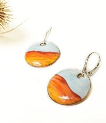 boucles-paysage-bleu-orange-argent-emaux-aufildemaux