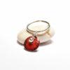 Bague pampille en émail de couleur rouge et perle argent
