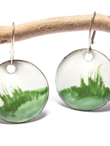 boucles-oreilles-collection-paysage-prairie-paire-blanches-vert-fait-main-creatrice-beatrice-perget-moissac