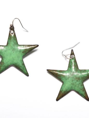Boucles d'oreilles grandes étoiles vert foncé en émail