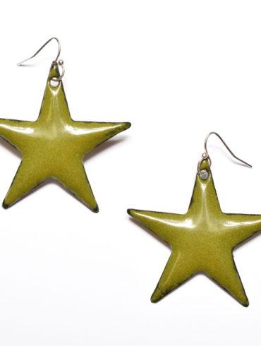 boucles d'oreilles grandes étoiles en émail couleur vert olive