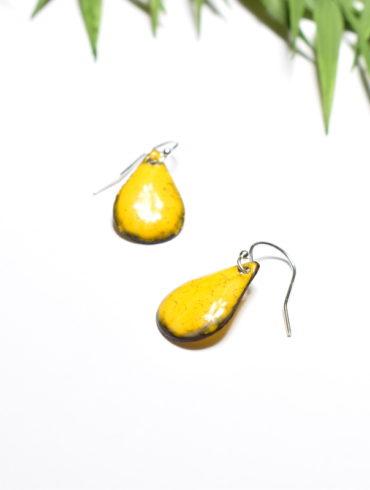 boucles-petites-gouttes-jaune-emaux-couleur-bijou-creation-aufildemaux