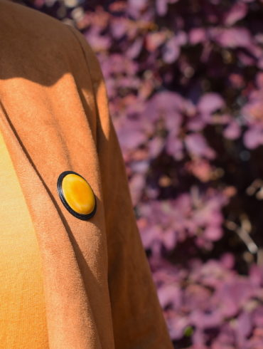 broche-jaune-emaux-ronde-creation-france