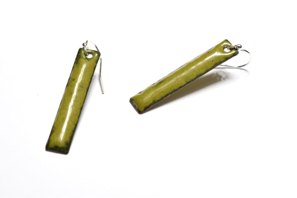 Boucles rectangles émaux vert olive