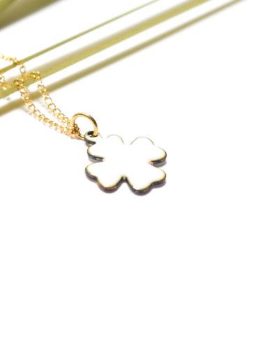 pendentif-trefle-porte-bonheur-bijou-chance-blanc-or-unique-collier-fait-main-moissac-artisan-d-art-occitanie-made-in-france